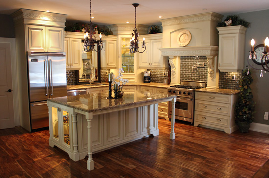 Custom traditional kitchens unique custom cabinets Custom kitchens pictures